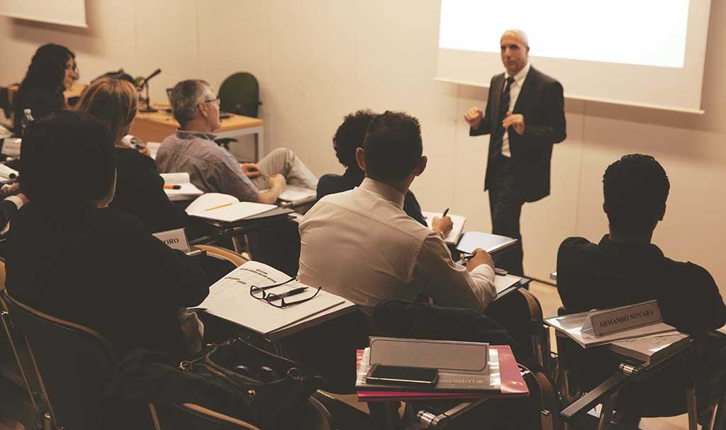 Formare figure professionali specializzate nella gestione e nell'organizzazione dei processi tipici delle forme di welfare